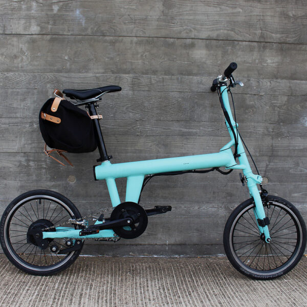 Flit ebike with frost + sekers bag